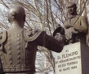 Monumento al Doctor Fleming en la Plaza de las Ventas