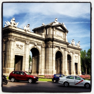 Puerta de Alcalá, un monumento que guarda un secreto muy peculiar, en Madrid