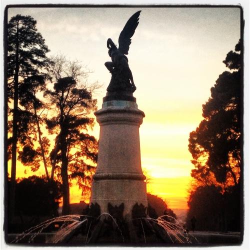 Estatua del Ángel Caído del Parque del Retiro en Madrid
