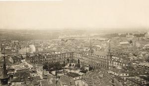 Vista aérea de la Plaza Mayor en 1928