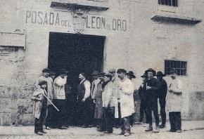 Foto de la Posada del León de Oro, de 1897. Madrid