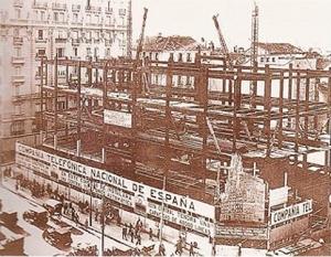 Comienzan las obras del Edificio Telefónica en Madrid, 1926.