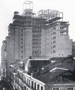 El edificio comienza a tomar su aspecto definitivo, Madrid