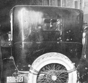 Así quedó el coche del Presidente tras el atentado que terminó con su vida un 8 de marzo de 1921.