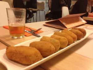 El plato estrella de 'La Croquetta' en Madrid