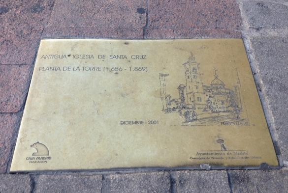 Placa-de-la-antigua-Torre-de-la-Santa-Cruz