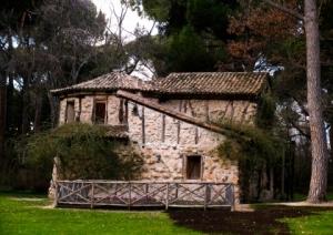Casa de la Vieja en el Parque del Capricho