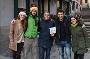 Foto con todo el equipo de Blogueros TV.