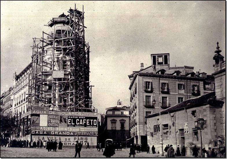 Edificio Metrópolis en obras