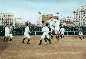 Real Madrid y Atlético disputan un derbi en 1913 en el antiguo estadio de O´Donnell