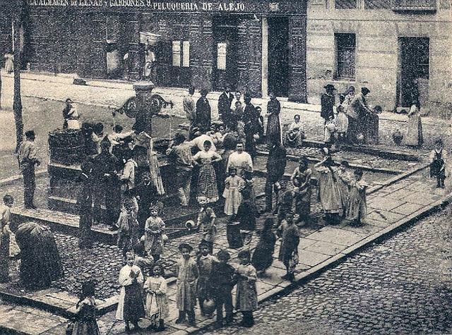 Plaza San Gregorio 1895, actual Plaza de Chueca, en Madrid
