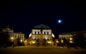 Plaza de Oriente de noche, Madrid
