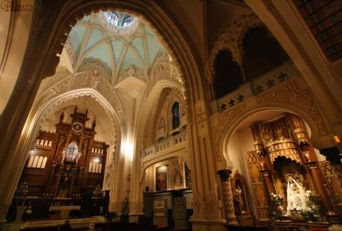 Interior de la Iglesia de la Buena Dicha, Madrid