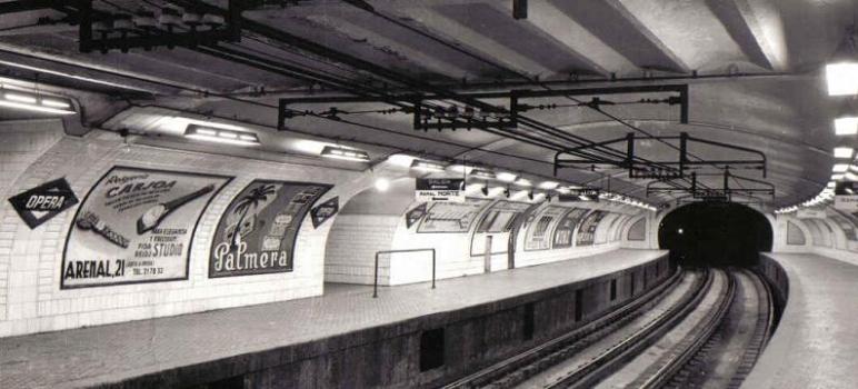 Estación ópera