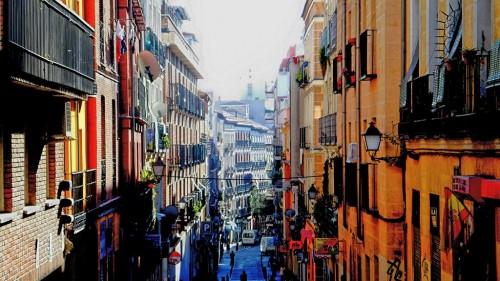 Calle del Amparo, en Lavapiés, Madrid