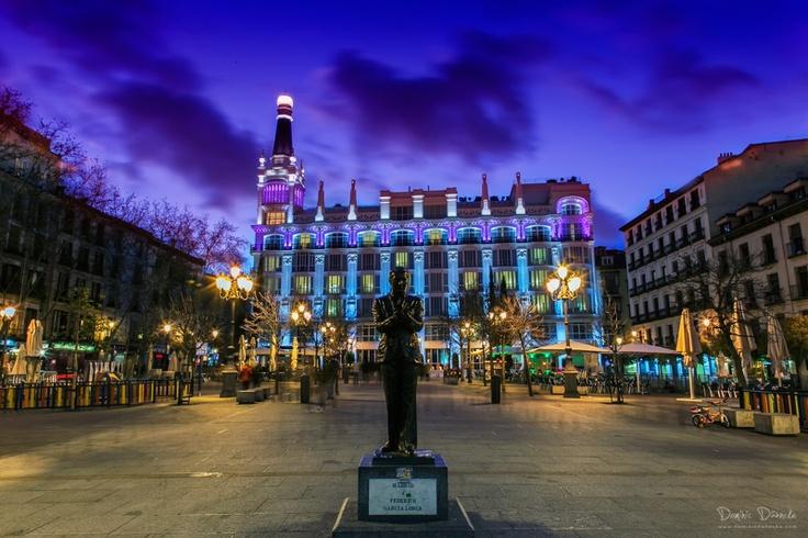 Plaza de Santa Ana Dodafoto