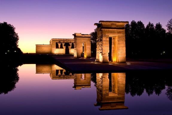 Templo de Debod anocheciendo, Madrid