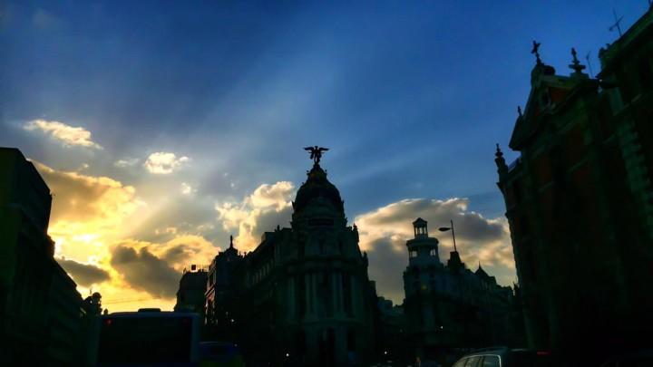 Madrid entre sombras, de Josh Tampico