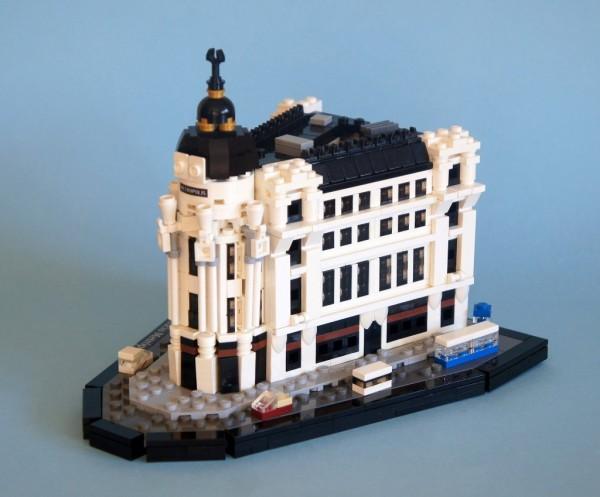 Edificio Metrópolis Lego, Madrid