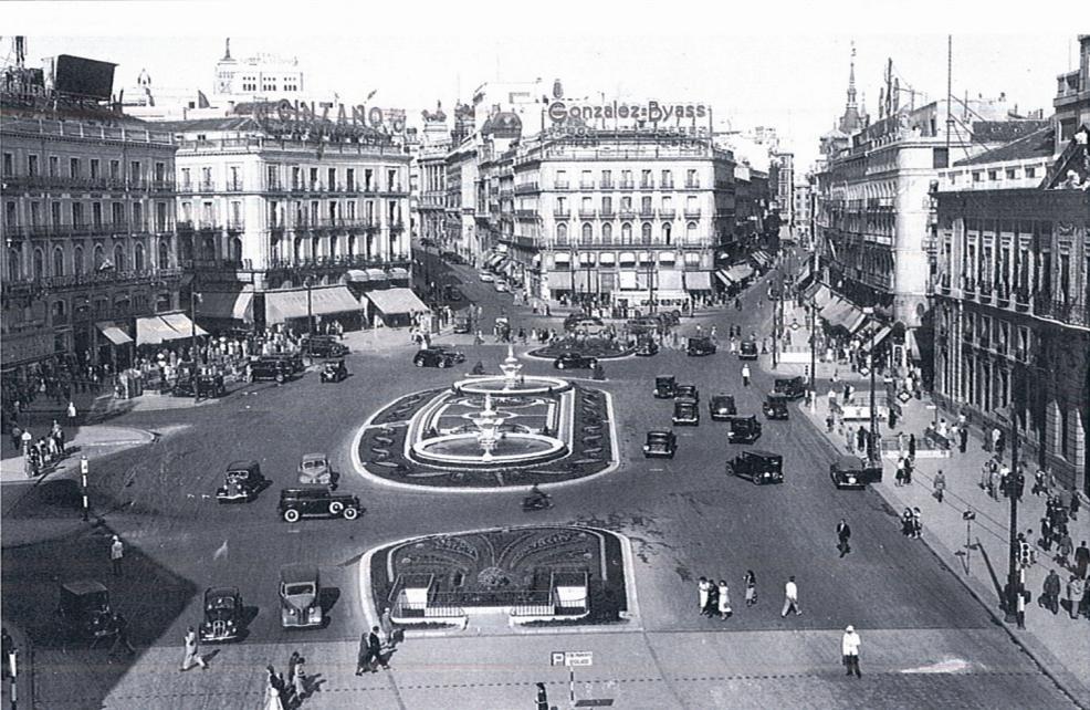 Puerta del Sol en 1950, Madrid