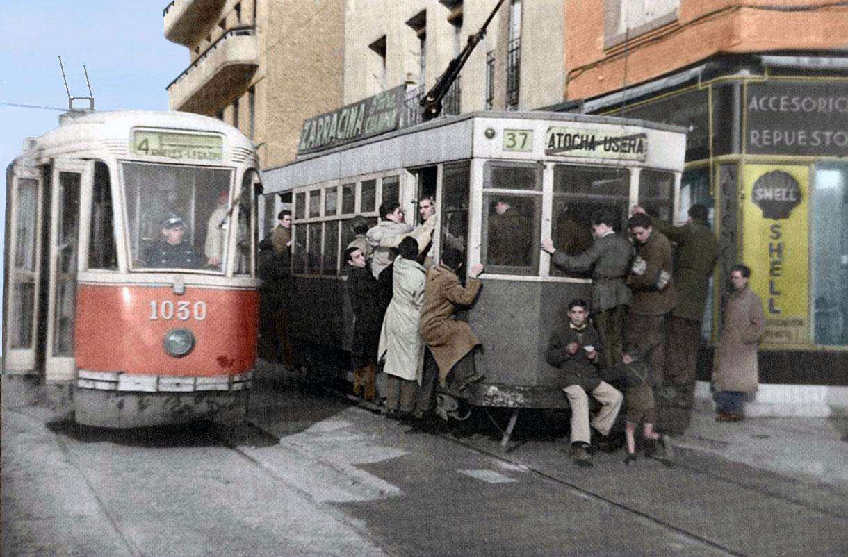 Tranvías en el Paseo de las Delicias, 1949, Madrid