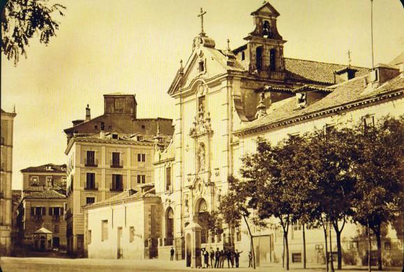 Fotos antiguas: Por la calle de Alcalá…