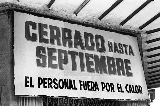 Cerrado por Vacaciones, Madrid