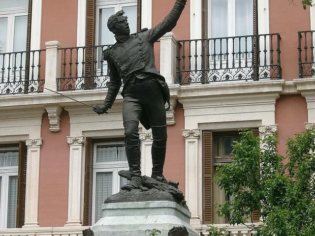 Monumento al Teniente Ruiz, Madrid