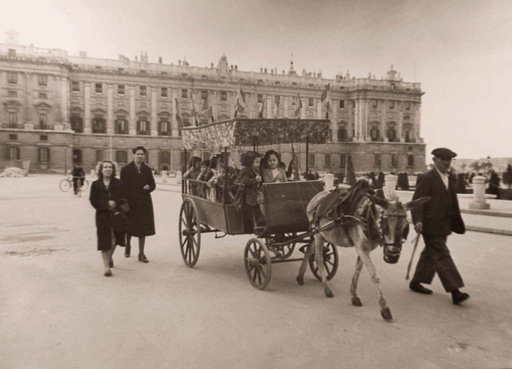 Cochecito de Campanillas, 1945. Madrid
