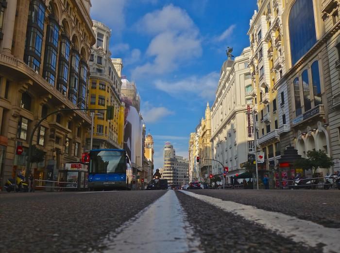 Gran Vía desde el suelo, Madrid