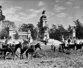 Fotos antiguas: Limpiando el estanque del Retiro