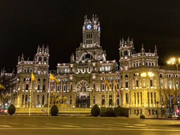 Lugares para darse un beso en Madrid
