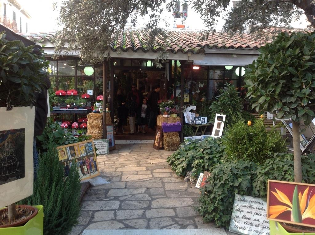 Un paraiso en el coraz n de madrid secretos de madrid for Cafe el jardin madrid