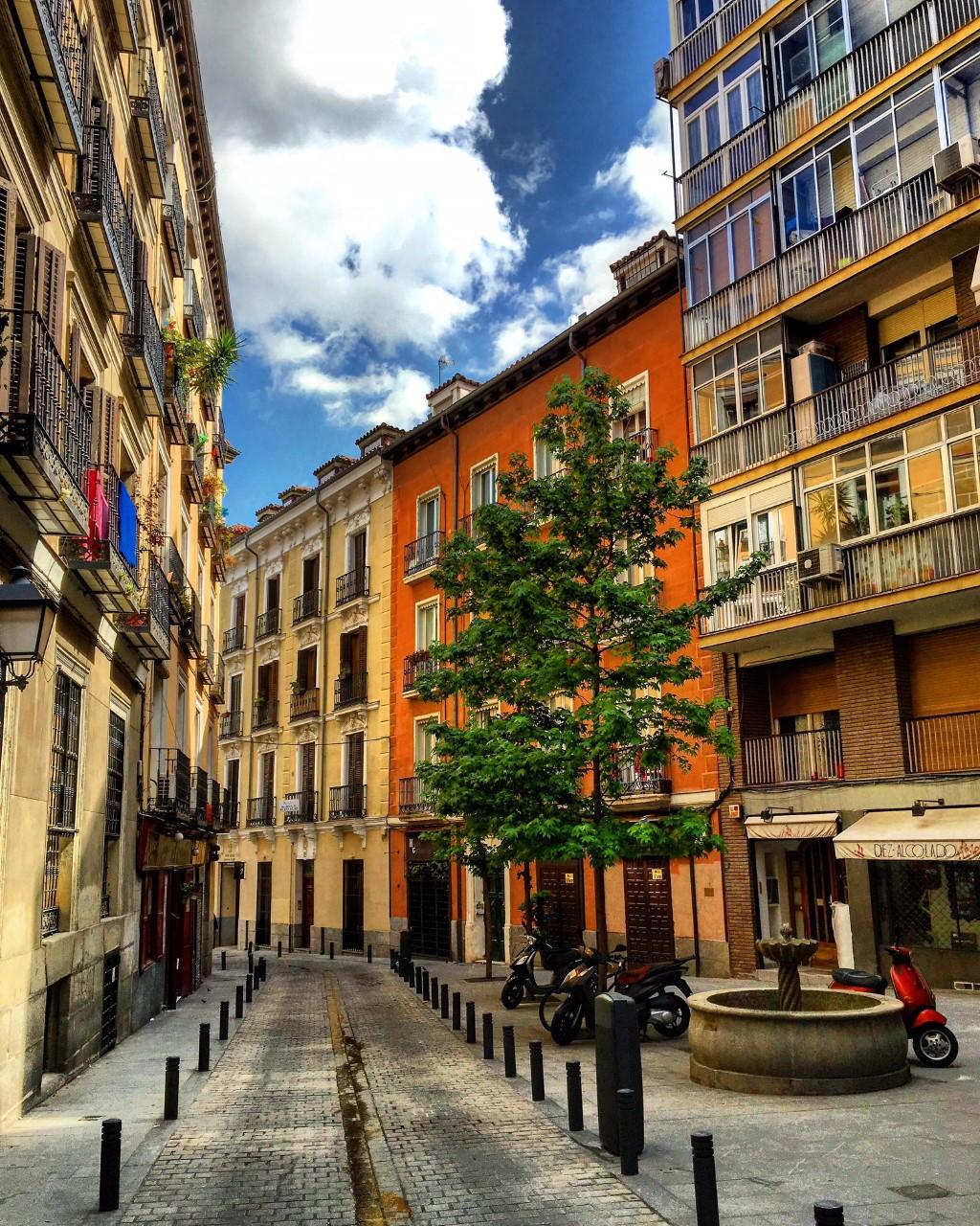 Calle del Espejo, Madrid