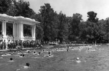 Nadando en el Parque del Retiro