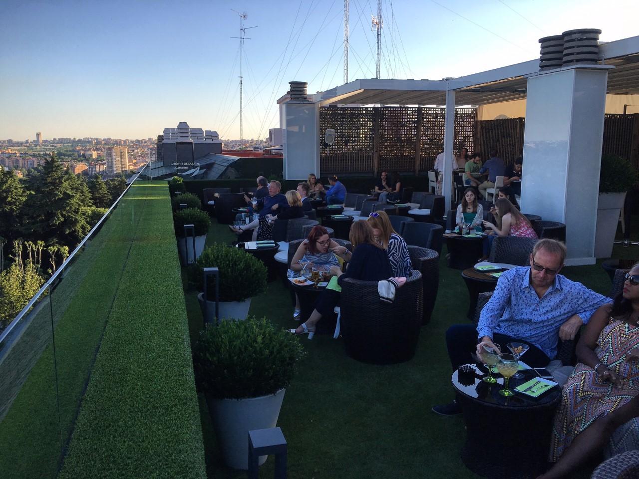 De madrid al cielo pasando por estas nueve terrazas for Hotel jardines sabatini
