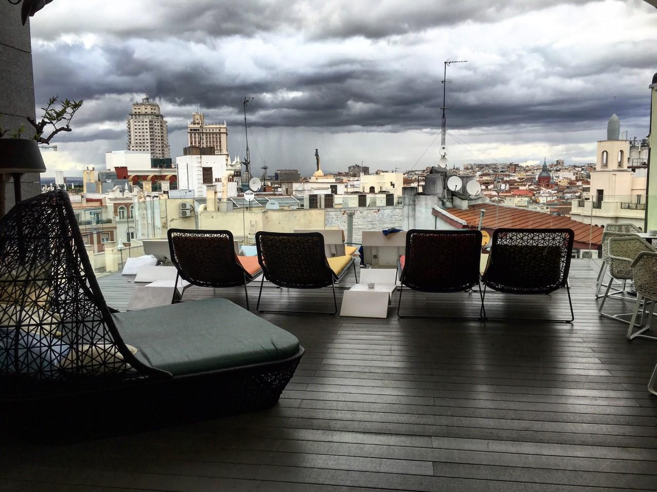 Hotel Indigo, terraza en la azotea de Madrid