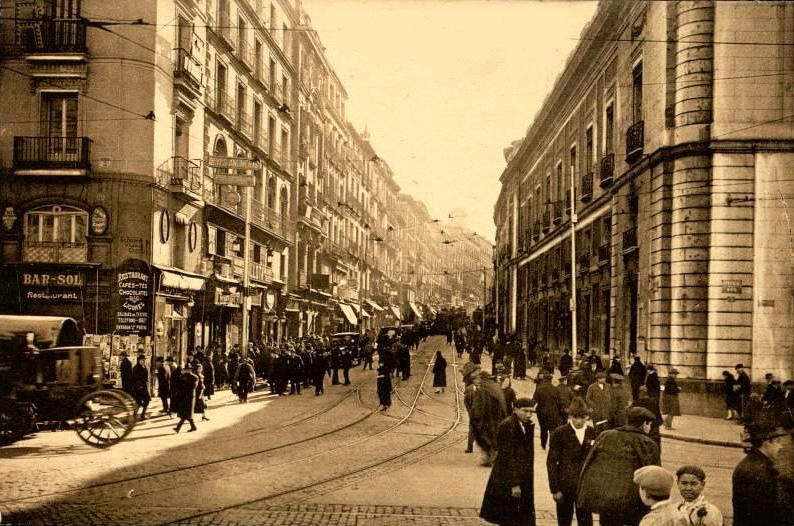 Fotos antiguas: La Calle Carretas | Secretos de Madrid