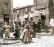 Gente recogiendo agua junto a La Fuentecilla, en 1900. Madrid