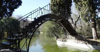 Puente del Parque del Capricho, Madrid