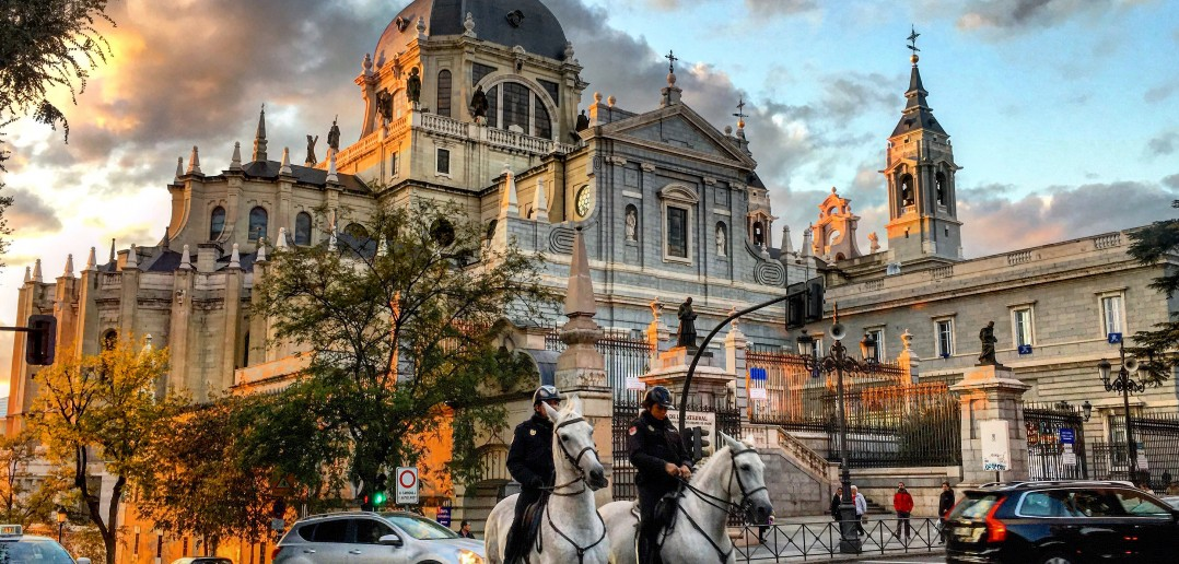 Atardecer en la Catedral de la Almudena