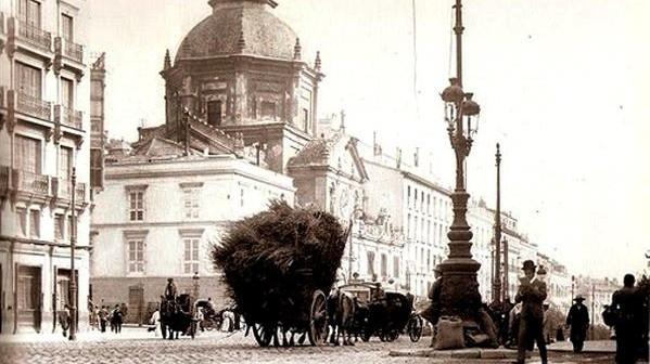 Fotos antiguas: Cruce de caminos en la Calle de Alcalá