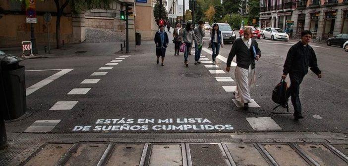 """""""Versos al paso"""", llenará los pasos de cebra de Madrid de poesía"""