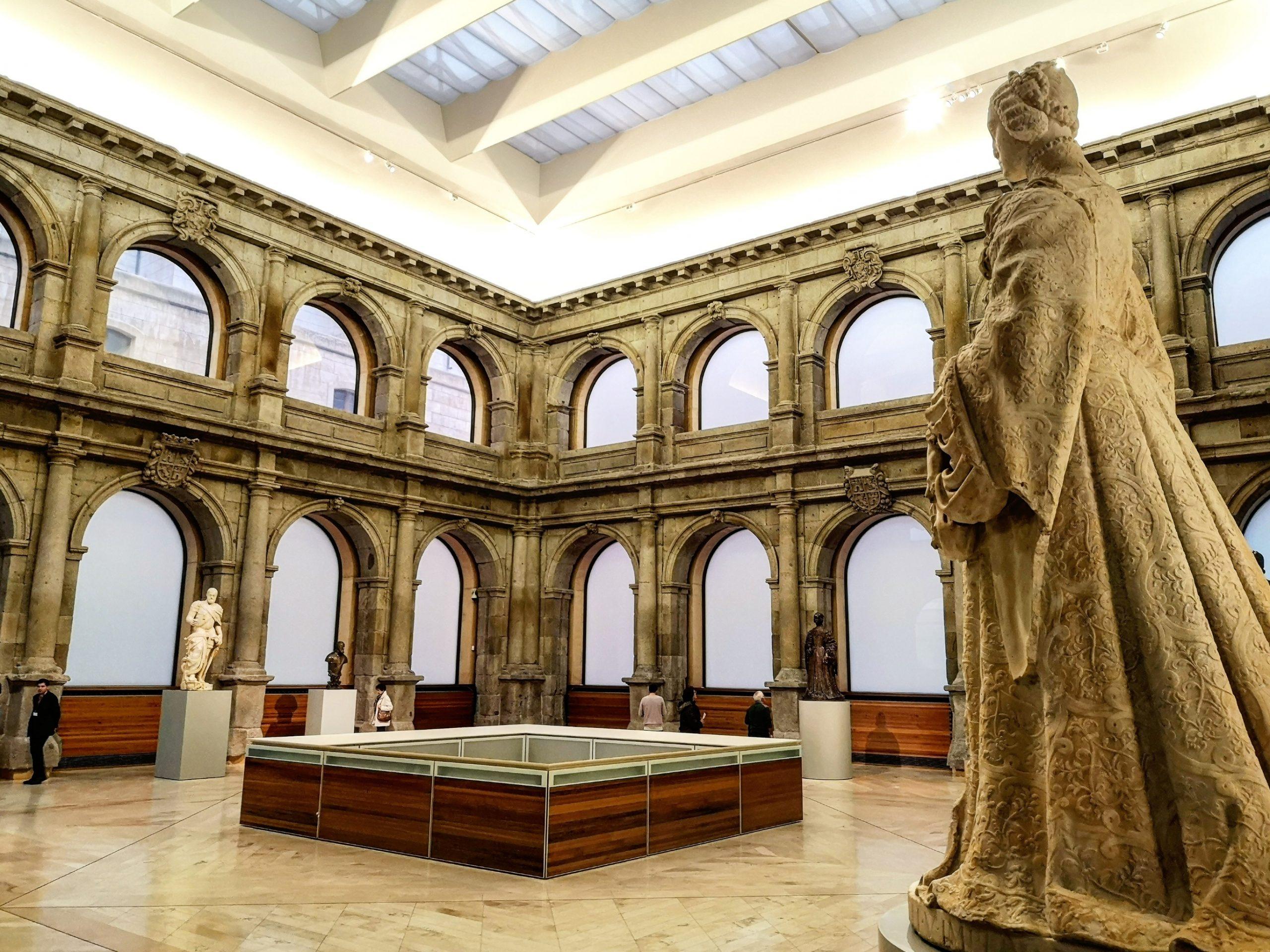 Claustro de los Jerónimos, Madrid