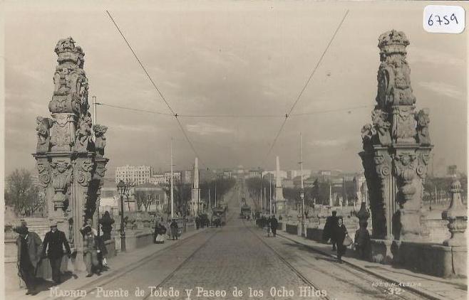Calle Toledo, Paseo de los Ocho Hilos