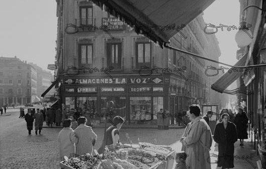 Fotos antiguas de Madrid: Perdido en el Madrid de 1950