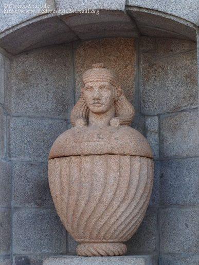 Fuente Egipcia en el Retiro