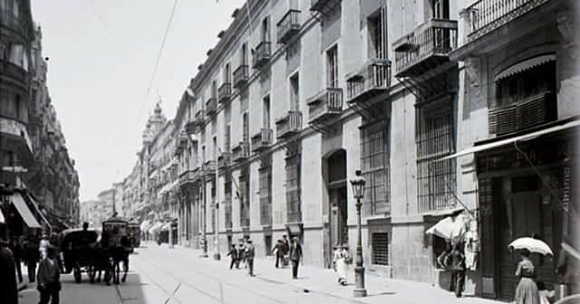 Fotos antiguas de Madrid: La calle Mayor y el Palacio de Oñate