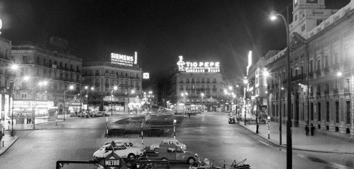 Fotos antiguas de Madrid: Puerta del Sol en 1966
